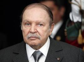 Algeria votes to elect new President as Islamists sit out